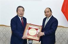 Comprometido premier de Vietnam a crear entorno favorable para inversores extranjeros