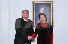 Destaca líder parlamentaria vietnamita papel de la Asociación de Amistad de Francia con su país