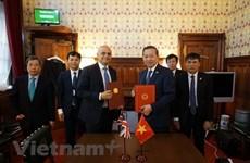 Intensifican Vietnam y Reino Unido cooperación en lucha contra trata de personas