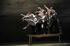 Presentan en Vietnam Raíces, un espectáculo célebre de Francia