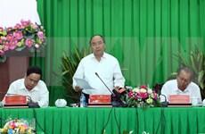 Premier vietnamita aboga por eliminar trabas para desarrollo infraestructura de transporte en Delta del Mekong