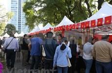 Impresión cultural vietnamita en Feria de Bazar de ASEAN en Argentina