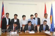Fomentan Vietnam y Camboya cooperación en educación
