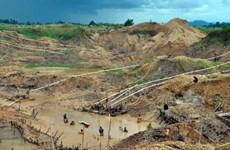 Mueren en Indonesia cinco mineros de diamantes por deslizamiento de tierra