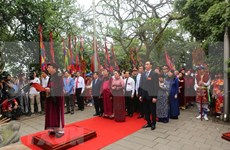Rinden en Vietnam homenaje a los Reyes Hung