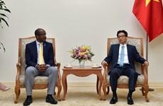 Desea Vietnam ampliar nexos con la República de las Seychelles