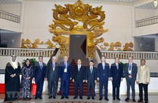 Recibe premier de Vietnam a delegados a la reunión de OANA en Hanoi