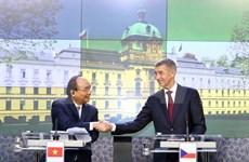 Destacan significado de gira del premier de Vietnam por Rumania y República Checa