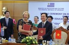 Amplían Vietnam y Uruguay cooperación en educación