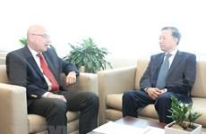 Dispuesto Vietnam a acoger reuniones globales sobre la lucha antiterrorista