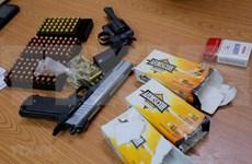 Capturan en Vietnam traficante de armas