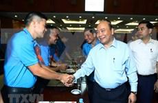 Premier vietnamita resalta el papel de trabajadores calificados