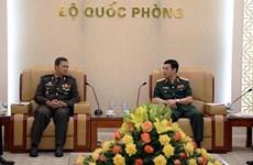 Visita Vietnam comandante de Infantería del Ejército de Camboya