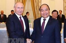 Primer ministro de Vietnam se reúne con presidente ruso Vladimir Putin