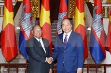 Premier vietnamita recibe al presidente de Asamblea Nacional de Camboya