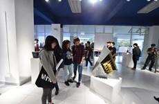 Instan a facilitar y apoyar espacios culturales y creativos en Vietnam