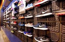 Recibe viceprimer ministro vietnamita al vicepresidente del grupo Nike