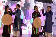 Realiza conjunto folclórico de Vietnam gira por Europa