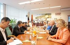 Promueven cooperación entre las localidades vietnamitas y checas