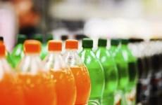 Aplica Malasia nuevo impuesto a las bebidas azucaradas para reducir la obesidad