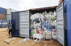 Devuelve Indonesia contenedores de basura a sus países de origen