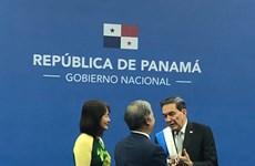 Expresa nuevo presidente Panamá interés en las experiencias de desarrollo de Vietnam
