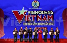 Honran en Vietnam a figuras sobresalientes en seguimiento de las enseñanzas de Ho Chi Minh