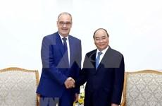 Vietnam trabaja por mejorar ambiente de inversión, dice premier