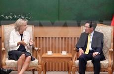 Vicepremier vietnamita recibe a presidenta de la región francesa Ile-de-France