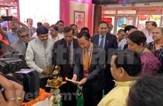 Participan empresas vietnamitas en Feria Internacional de Seda en la India