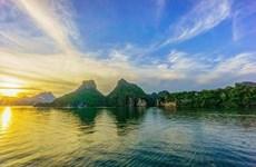 Figura Bahía de Ha Long entre mejores lugares para disfrutar del amanecer en el mundo