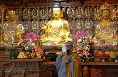 Celebran vietnamitas en Corea del Sur ceremonia budista de gratitud