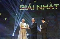 Gana cantante malasia concurso regional en Vietnam