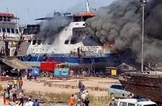 Un muerto y nueve heridos tras incendio en astillero de Indonesia