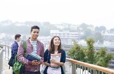 Cursan estudios en Vietnam casi 21 mil extranjeros