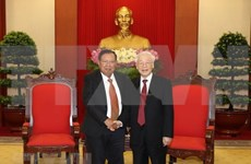 Se reúnen en Hanoi máximos dirigentes políticos de Vietnam y Laos