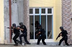 Ordena presidente filipino fortalecer a la Policía