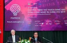 Lanzan en Vietnam concurso de innovación tecnológica financiera