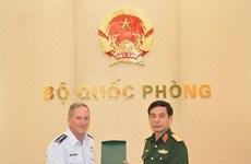 Fortalecen Vietnam y Estados Unidos cooperación en defensa