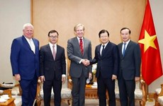 Vicepremier vietnamita recibe al director ejecutivo del grupo SOCO