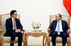 Primer ministro de Vietnam recibe a embajador saliente de Camboya
