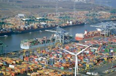 Empresarios de ciudad belga estudian oportunidades para cooperación comercial con Vietnam