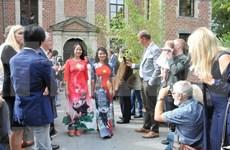 Presentan la cultura vietnamita en Bélgica