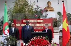 Conmemoran Día Nacional de Vietnam en Argelia y Tanzania