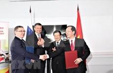 Priorizan Vietnam y Rusia su cooperación en sector petrolero