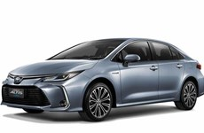 Presentan en Tailandia modelo de sedán híbrido Corolla Altis de Toyota