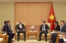 Incentivan inversiones del Reino Unido en Vietnam