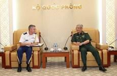 Viceministro vietnamita de Defensa recibe a nuevo agregado militar de Estados Unidos