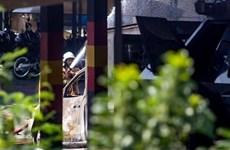 Explosión en almacén de municiones de policía indonesia