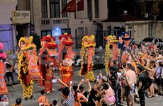 Celebran en Vietnam Fiesta del Medio Otoño